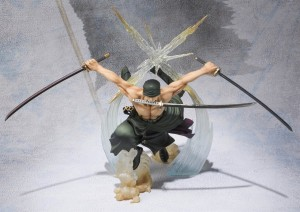 0003940_bandai-tamashii-nations-figuarts-zero-roronoa-zoro-battle-version