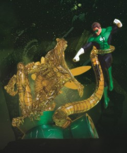green-lantern-hal-jordan-vs-parallax-statue-dc-direct1-847x1024